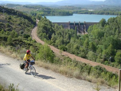 Cycling tour in Ojos Negros Greenway