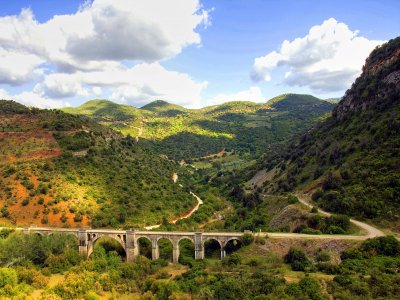 Bike route through Vía Verde de la Sierra 5 days