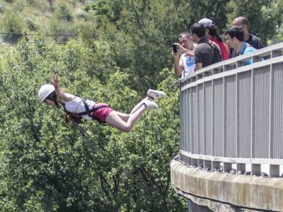 Bungee Jumping at Nigh in Sant Sadurni d' Anoia