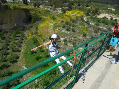 Bungee jumping for bachelor/ette parties in Alcoy