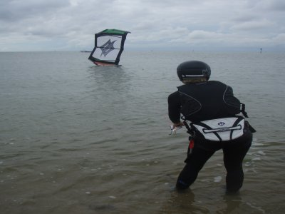 Kitesurfing Taster Session (Land and water based)
