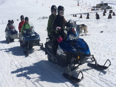 Snowmobile adult and child Montgarri with snack