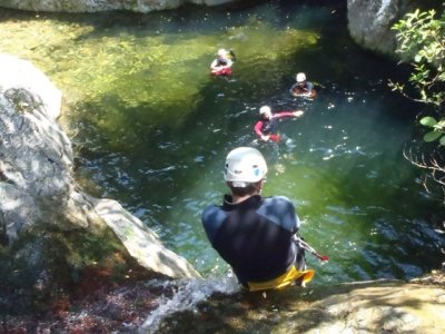 Canyoning average level in Mas Calsan Pyrenees