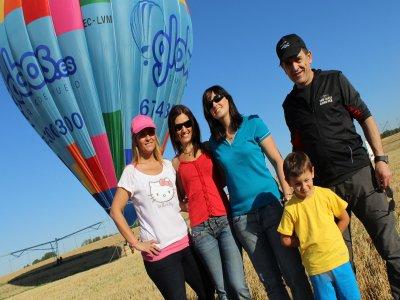 1h hot air balloon ride and lunch children Huesca