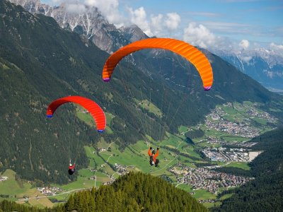 30 min two seater paragliding couples in Conil
