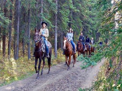 1 hour horse riding route Unquera, Cantabria