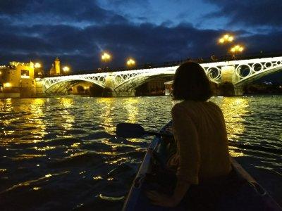Kayaking night tour 2h in Sevilla