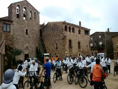 Burricleta (e-bike) tour Villa de Pals groups 6h