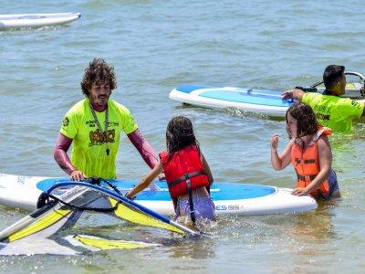 Standard 10 h windsurfing course in Isla Cristina