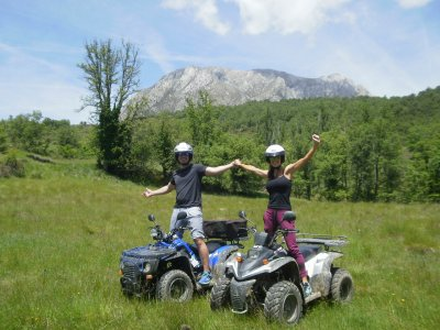 Guided quad tour and accommodation for 2 Huesca