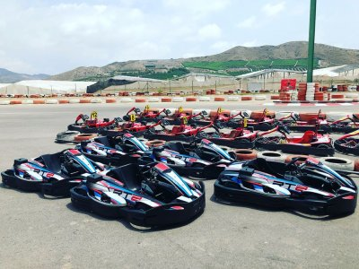 Kart of 400cc for 8 minutes in Las Lomas