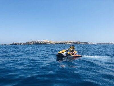 Stag Do 1h jet ski and parasailing Santa Pola