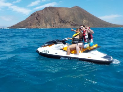 Jet ski tour to Isla de Lobos 40 min