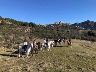 Horse riding tour La Pedriza to Canto Cochino 4h