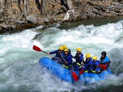 Whitewater rafting descent Llavorsí to Sort 4 h