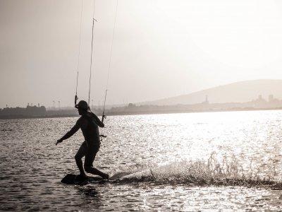 Kitesurfing course 3h x 4 days Marbella's harbour