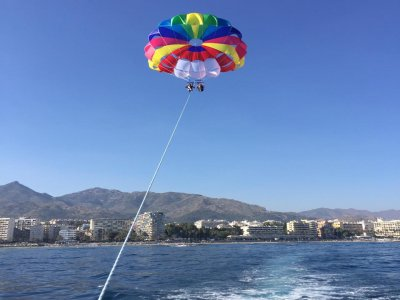 Parascending in Marbella's beach 1 hour
