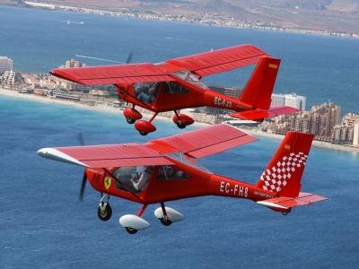 Package flight for 3 people La Pedrera reservoir