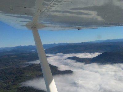 Pilot ultralight through Ribeira Sacra 1h 15 min