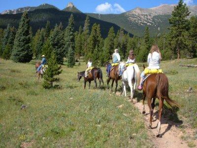 Horseback riding through Iruelas Valley 2 hours