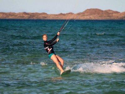 Kitesurfing course in Fuerteventura 3-4 hours