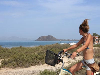Cycling route volcanoes Corralejo 3h and 30 min