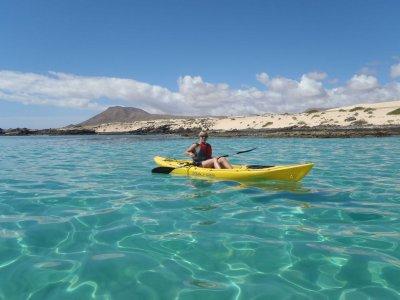 Kayak, SUP and snorkel tour Corralejo bay 2h 30m