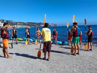 Kayak trip across La Herradura beach