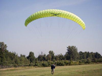 Paraglider flight Playa España, Gijón