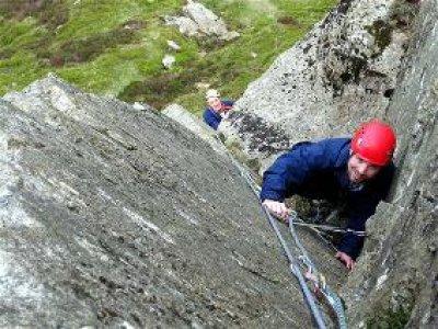 PB Mountaineering Climbing