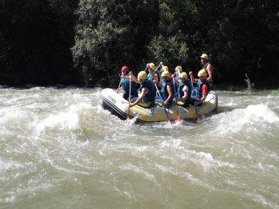 Rafting intermediate level in Ebro river 2 hours