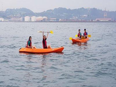 Kayak tour 1 hour from Gijón harbour