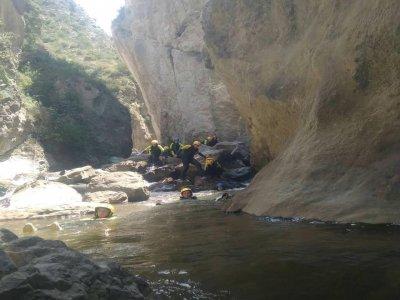 Canyoning in Leza canyon Level I, 3 h