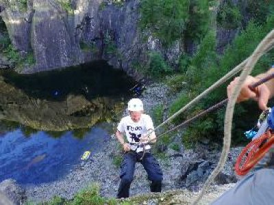 PB Mountaineering Abseiling