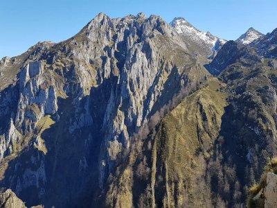 Trekking excursion Ring Vindio Picos de Europa