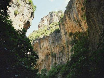 Garganta Verde ravine descent medium level 6 h