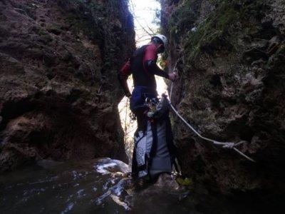 Urban canyoning Tajo de Ronda medium level 2 h