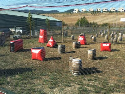 Paintball game in Egüés with 300 paintballs
