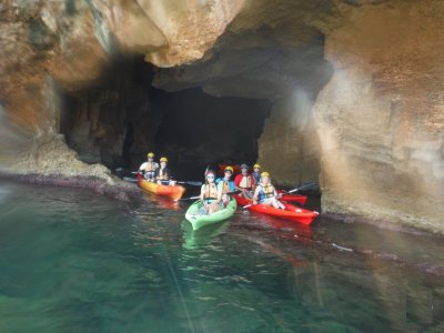 Kayak route and sorkelling Cova Tallada 3h
