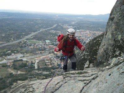 Classic climbing level II in Guadalajara 6 hours