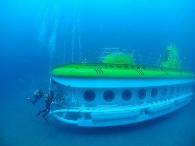 Submarine tour from Puerto Calero 50 min