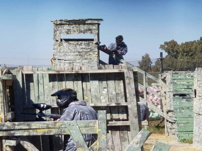 Paintball game with 200 balls in Utrera