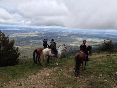 Equestrian monthly voucher Buitrago de Lozoya 10 h