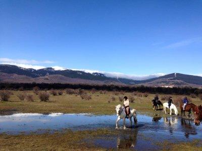Horseback riding and pirogue tour Buitrago 2h