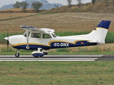 Pilot for a day light plane Igualada aerodrome 1h