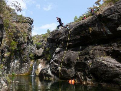 Canyoning on the river Cerves 3h and 30 minutes