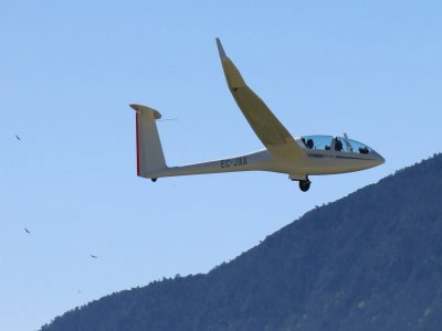 Glider flight in the Aragonese Pyrenees 3 hours