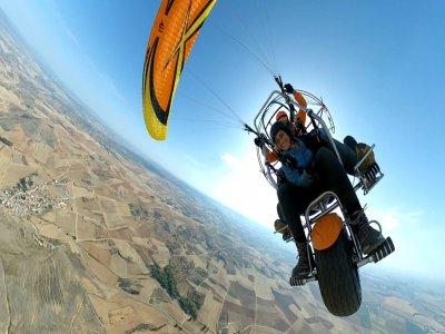 Paramotor flight by Cebreros 1h and HD video