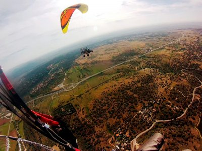 1-hour paramotor flight by Pedro Bernardo
