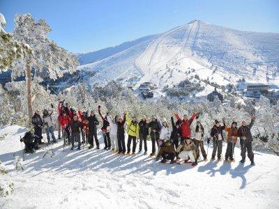 Snowshoeing tour Siete Picos Peaks 4h